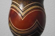 REF. 014 – Cuia casco fino com pé de massa e bocal de alumínio.